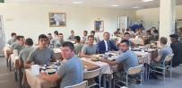ŞEHIT - Başkan Öztürk, Mehmetçiklerle Öğlen Yemeğinde Bir Araya Geldi