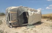 Besni'de Minibüs Takla Attı Açıklaması 1 Yaralı