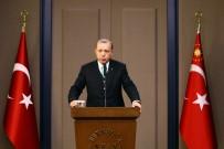 ALTIN MADALYA - Cumhurbaşkanı Erdoğan Şampiyon Güreşçiyi Kutladı