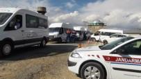 Erciş'te Jandarma Trafik Timlerinden Öğrenci Taşıyan Servis Araçlarına Sıkı Denetim