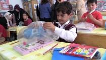 Köy Okulu Öğrencilerine Kırtasiye Yardımı