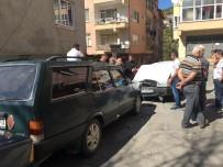 CAMİİ - Oto Hırsızları Kaçtı, Jandarma Kovaladı