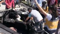 Otomobil Emniyet Şeridinde Duran Kamyona Çarptı Açıklaması 2 Yaralı