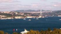 RUMELI HISARı - Türk Yıldızları'ndan Boğaz'da Gösteri