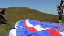 PARAŞÜTÇÜ - Ardahan'da Paraşüt Keyfi