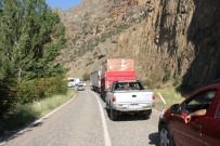 SAĞLIK OCAĞI - Erzurum'da Sel Ulaşımı Aksattı