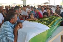 YEŞILKENT - Gaziantep'teki Kazada Ölenler Son Yolculuklarına Uğurlanıyor