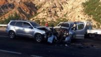 Giresun'da 3 Araç Birbirine Girdi Açıklaması 2 Yaralı