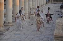 ÖMÜR GEDİK - Tripolis'te Sanatçılar Danslarla Kuşları Canlandırdı