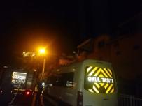 ISPARTA BELEDİYESİ - Çatı Yangını Korkuttu