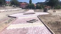 ESKIGEDIZ - Eskigediz'de Peyzaj Ve Kilitli Parke Taşı Çalışmaları