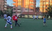 SÜREYYA SADİ BİLGİÇ - Isparta Valisi Gazilerle Futbol Maçı Yaptı