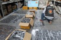 X-RAY - İstanbul'da Kaçak 13 Bin 300 Adet Cep Telefonu Ele Geçirildi