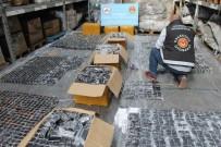 X-RAY - Kutulardan Binlerce Kaçak Cep Telefonu Çıktı