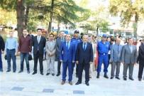 SAYGI DURUŞU - Osmaneli 'De İlköğretim Haftası Çoşkuyla Kutlandı