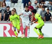 CANER ERKİN - UEFA Avrupa Ligi Açıklaması Beşiktaş Açıklaması 0 - Sarpsborg Açıklaması 0 (İlk Yarı)