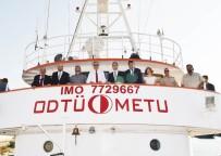 DENİZ CANLILARI - Vali Su, 'Bilim 2' Gemisini İnceledi