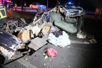 ZİNCİRLEME KAZA - Aksaray-Konya Yolunda Feci Kaza Açıklaması 2 Ölü