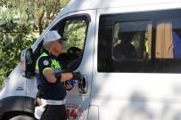 TRAFİK KURALI - Bolu'da, Okul Servisleri Denetlendi