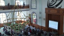 İŞİTME ENGELLİLER - Camide Projeksiyon Eşliğinde Vaaz