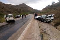 KıRıKLı - Gümüşhane'de Trafik Kazası Açıklaması 3 Yaralı