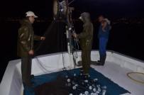 GıRGıR - Karadenizli Balıkçıların Gece Mesaisi