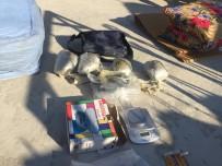 UYUŞTURUCU - Mersin'de 4 Kilo Esrar Ele Geçirildi