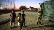 REYHANLI - Obüs ve tanklar İdlib sınırında
