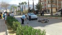 KARACAOĞLAN - Otomobil İle Motosiklet Çarpıştı Açıklaması 2 Yaralı