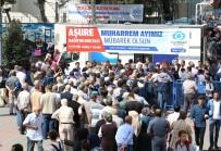 CAMİİ - Sultangazi'de 10 Bin Kişiye Aşure İkram Edildi