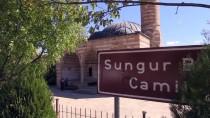 RESTORASYON - Tarihi Camileri Taşlarına Numara Vererek Taşımışlar