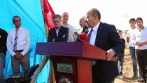 HAYIRSEVER İŞ ADAMI - Vali Ustaoğlu Temel Atma Törenine Katıldı