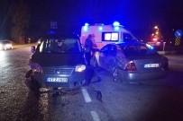 Zonguldak'ta İki Otomobil Çarpıştı Açıklaması 2 Yaralı