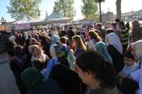 HİLMİ YAMAN - Ankaralılar 5 Bin Kişilik Aşure Dağıttı