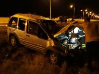 Bingöl'de Trafik Kazası Açıklaması 2 Yaralı