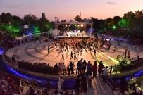 ANKARA BÜYÜKŞEHİR BELEDİYESİ - Büyükşehir'den Miniklere Yaz-Kış Eğlence