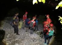 AMATÖR - Cebel-İ Reis Dağı'nda Kaybolan 6 Amatör Dağcı AKUT Tarafından Kurtarıldı