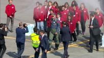 FESTIVAL - Erdoğan TEKNOFEST'e pilot tulumuyla geldi