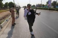 SALDıRı - İran Dışişleri Bakanı Zarif'ten 10 Kişinin Hayatını Kaybettiği Terör Saldırısına Sert Tepki Açıklaması