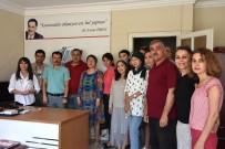 İBRAHİM ASLAN - Kazakistanlı Gazeteciler İhlas Haber Ajansını Yakından Tanıdı