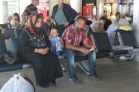 KARS VALISI - Sedanur'dan Gelen Acı Haberin Ardından Acılı Aile Kars'a Döndü