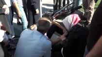 KAYAHAN - Çalık, Trafik Kazası Geçiren Genci Sakinleştirdi