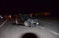 İki Araç Kafa Kafaya Çarpıştı Açıklaması 1 Yaralı