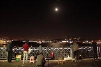 TAKSIM - İstanbul'da Dolunay Kartpostallık Görüntüler Oluşturdu