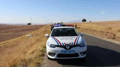 Karaman'da Otomobil Devrildi Açıklaması 1 Ölü