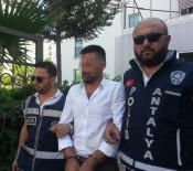 YUNUS TİMLERİ - Kendilerini Polis Olarak Tanıtan Dolandırıcılar Yakalandı