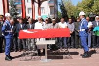 AMBULANS ŞOFÖRÜ - Kore Gazisi Son Yolculuğuna Uğurlandı