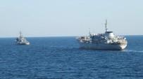 SAVAŞ GEMİSİ - Ukrayna Savaş Gemileri Rus Sularında