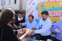 KADIR AYDıN - AK Parti Giresun İl Başkanlığından Öğrencilere Aşure İkramı