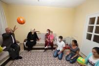 OYUNCAK BEBEK - Başkan Çoban'ın Ev Ziyaretlerini Sürüyor